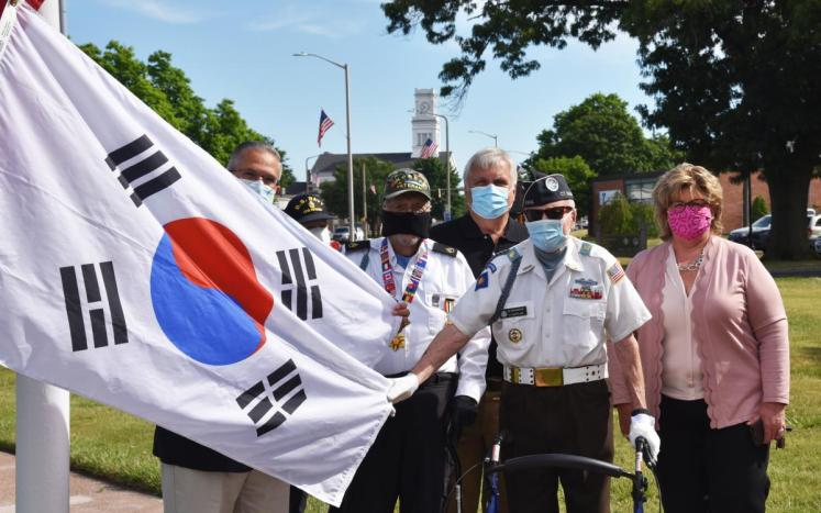 East Hartford honor Korean War Veterans with flag raising
